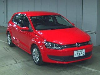 front photo of car WVWZZZ6RZBU037520 - 2011 VW Vw Polo ポロ5D TSIコンフォートL -